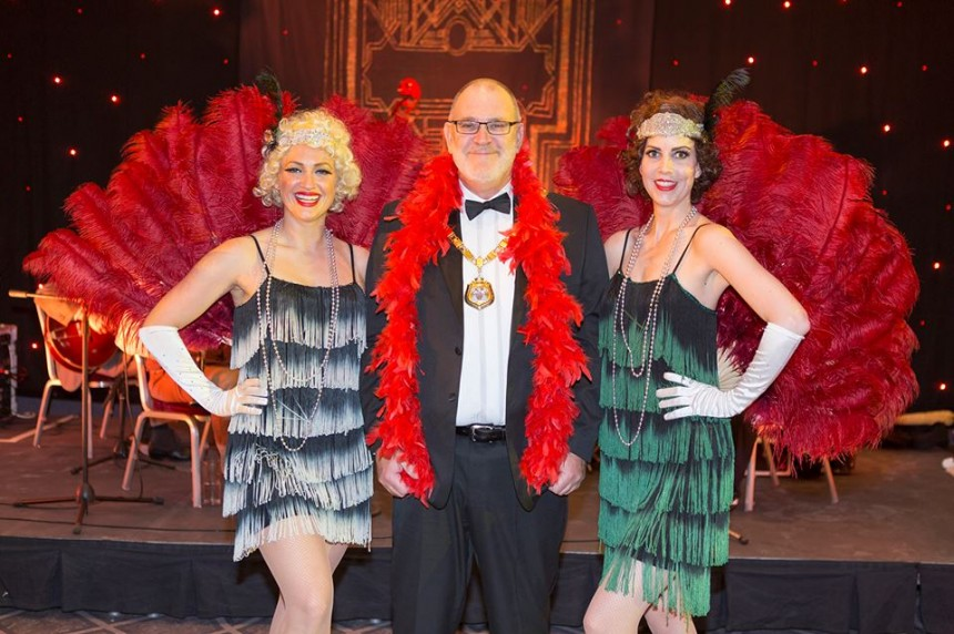 Jazz Spivs' flapper girls are an ideal addition to your coroprate shindig. We can liven up the most mundane corporate event with a theme from the days of Al Capone and The Great Gatsby